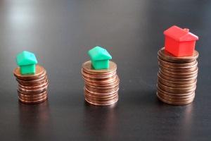 Eine zu drastische Mieterhöhung soll die Mietpreisbremse verhindern.