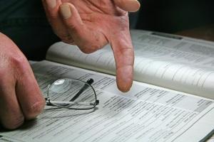 Will der Vermieter eine Mietminderung ablehnen, muss zunächst geklärt werden, ob der Mangel eine Minderung begründet.