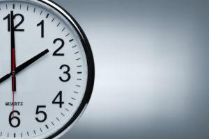 Bei der Mietminderung wegen Ruhestörung ist genau auf die gesetzlich festgelegten Zeiten zu achten.