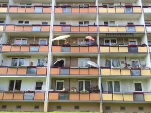 Erfahren Sie, ob eine Mietminderung bei defekter Wohnungstür begründet ist.